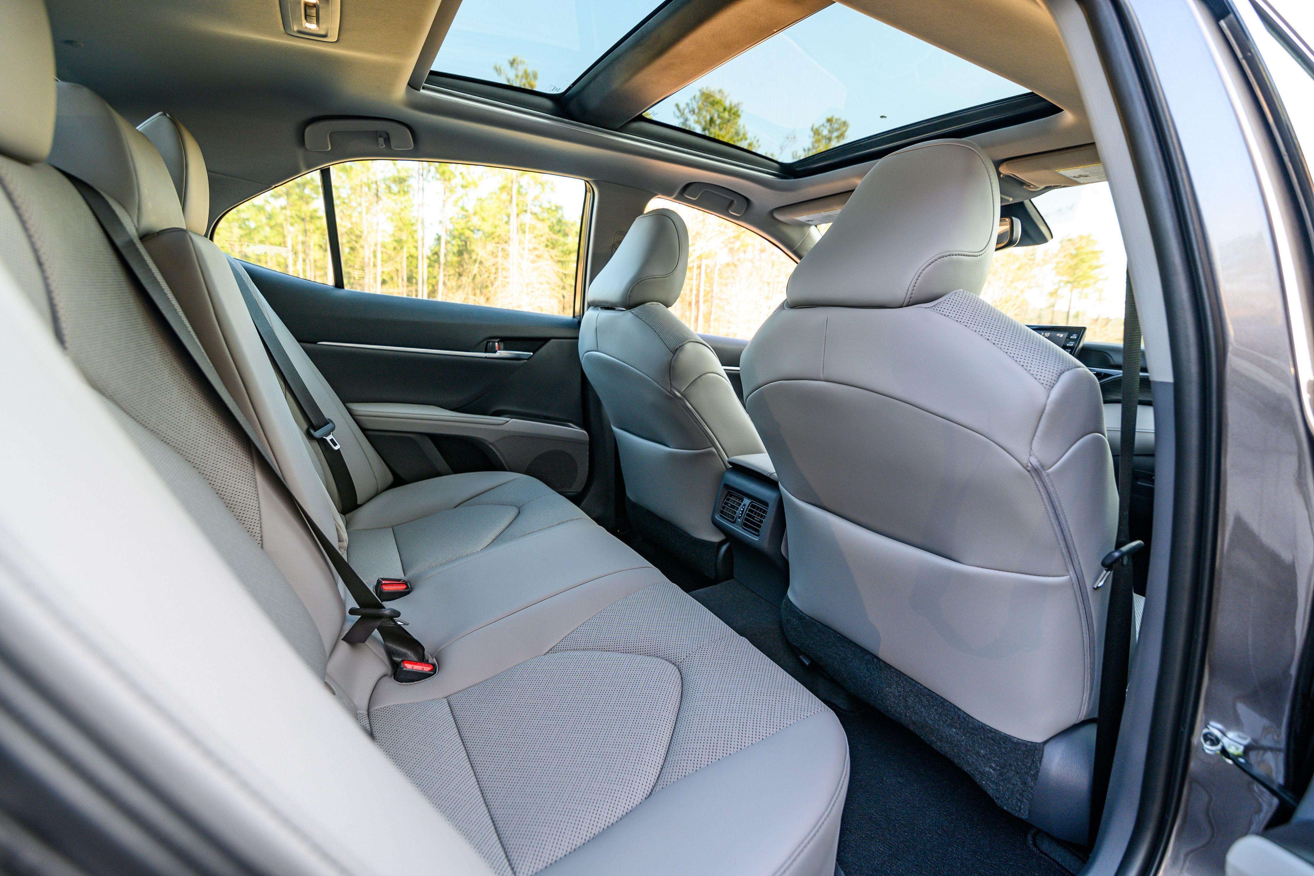 Toyota Camry AWD 2021 – vận hành linh hoạt với dẫn động 4 bánh Ảnh 13