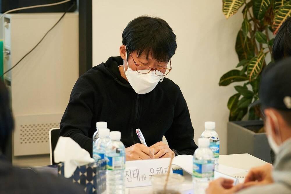 Yoona (SNSD) rạng rỡ bên Hyun Bin tại buổi đọc kịch bản phim mới Ảnh 4