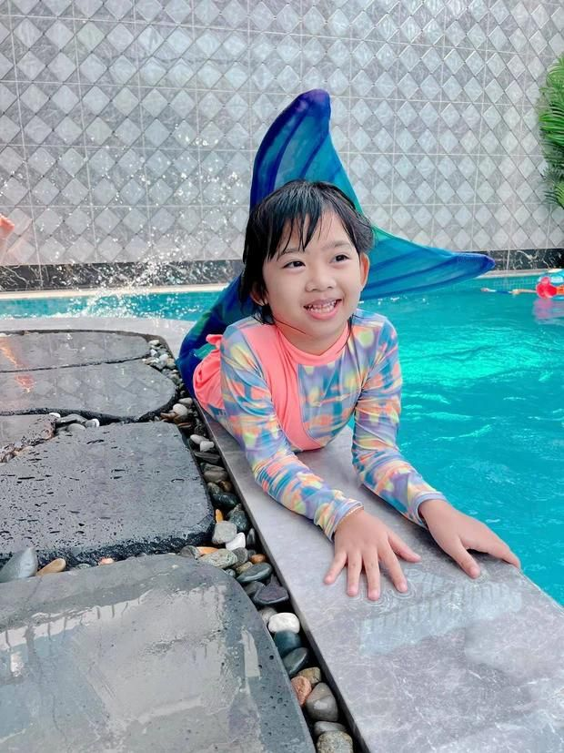 Cảm động với hình ảnh mới nhất của con gái cố diễn viên Mai Phương: Tràn đầy hạnh phúc Ảnh 2