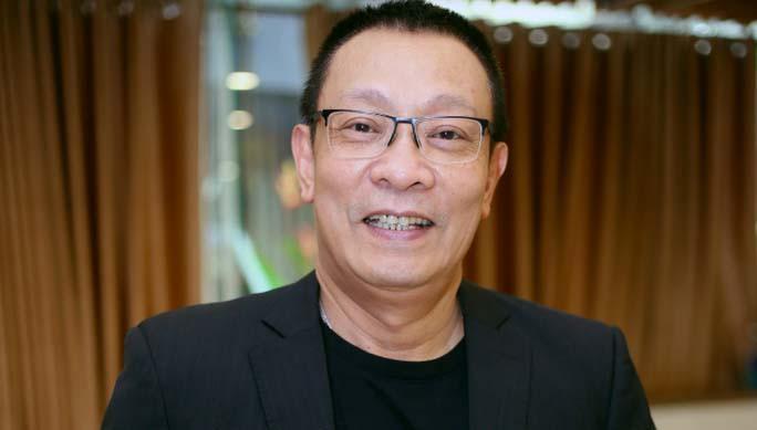 MC Lại Văn Sâm từng bật khóc khi nói lời chia tay chương trình 'Ai là triệu phú' Ảnh 1