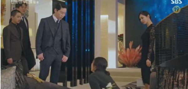 Penthouse 2 (Cuộc Chiến Thượng Lưu 2) tập 1: Vừa mở màn đã bắt ngay cảnh Cheon Seo Jin 'ngoại tình' với chồng cũ Ảnh 2