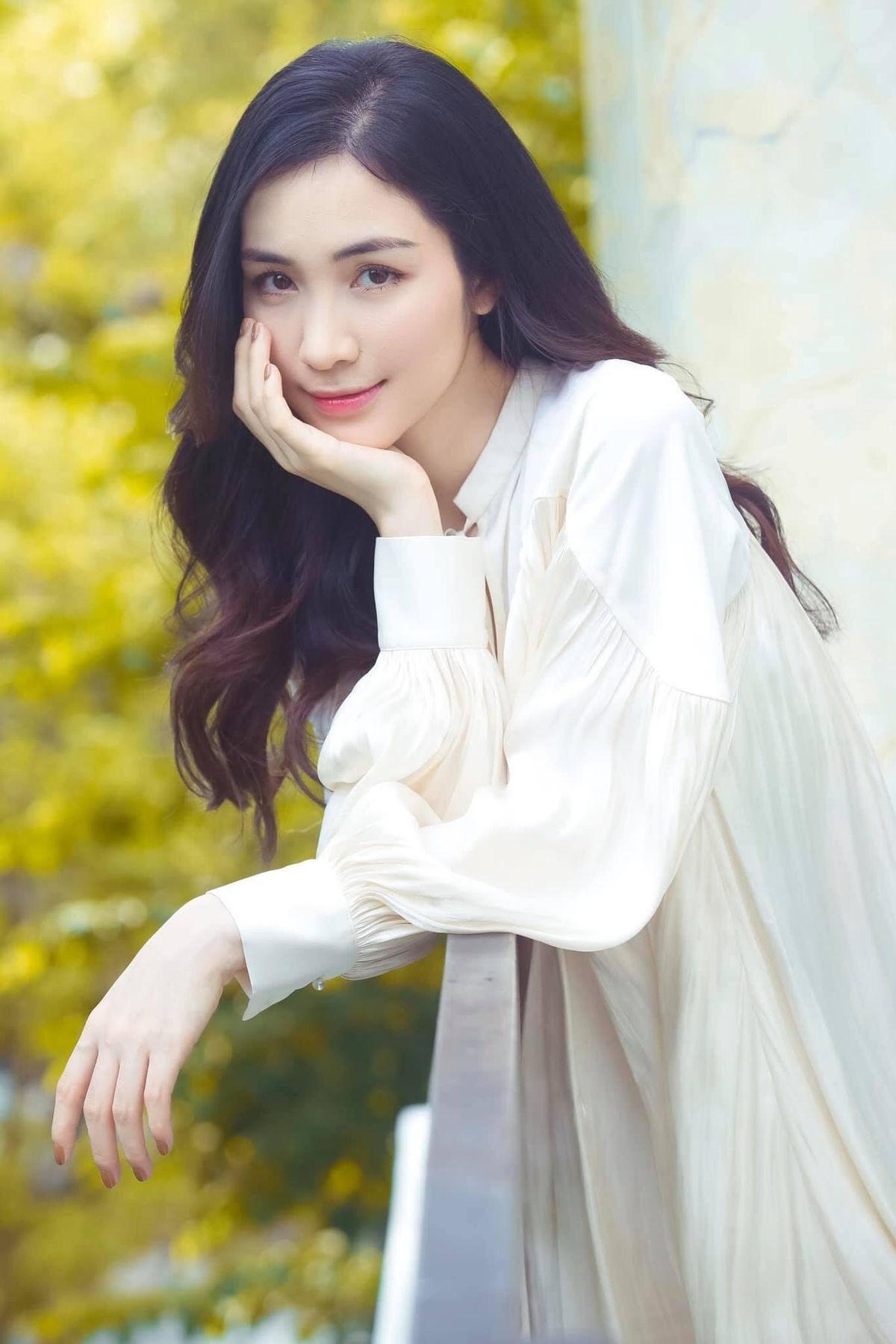 Hòa Minzy gây bất ngờ khi thông báo cho fan tin cực shock Ảnh 16