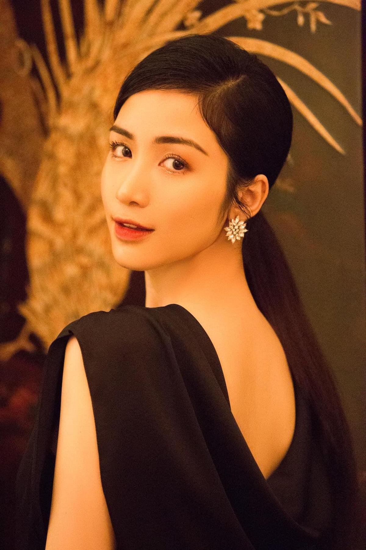 Hòa Minzy gây bất ngờ khi thông báo cho fan tin cực shock Ảnh 8