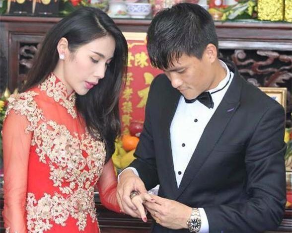 'Cặp đôi tuổi Sửu' Công Vinh – Thủy Tiên: Yêu đến cưới đáng ngưỡng mộ Ảnh 7