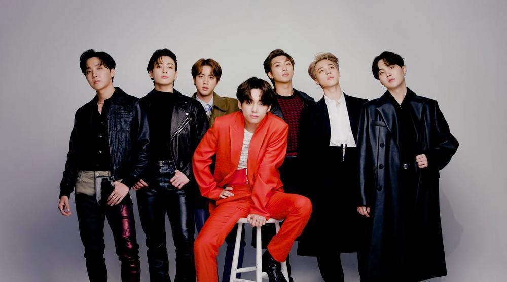 Vừa phát hành phiên bản mới của album 'BE', BTS liền rinh cú đúp thành tích tại Hàn lẫn Nhật Ảnh 7