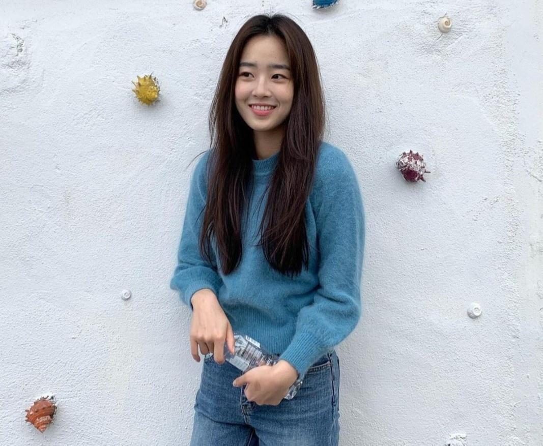 Nhan sắc đời thường của ác nữ 'Penthouse' Choi Ye Bin Ảnh 1