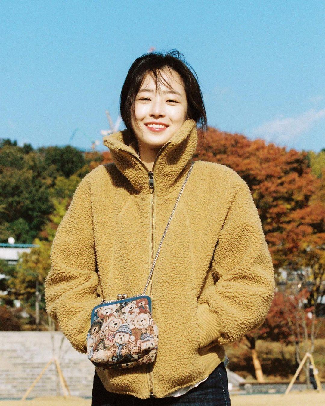 Nhan sắc đời thường của ác nữ 'Penthouse' Choi Ye Bin Ảnh 7