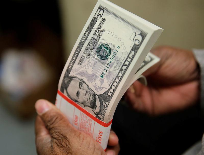 Tỷ giá ngoại tệ ngày 22/2: USD giảm giá, bitcoin tăng mạnh Ảnh 1