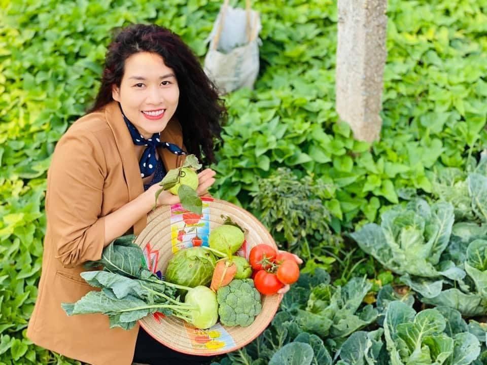 Quỳnh Kool tuổi 26 đẹp trong lành giữa nắng mai Ảnh 10