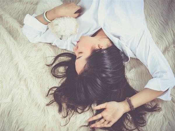 Phụ nữ có 3 dấu hiệu này chứng tỏ đã cạn tình trong hôn nhân, đàn ông tinh tế nên nhận ra sớm Ảnh 3