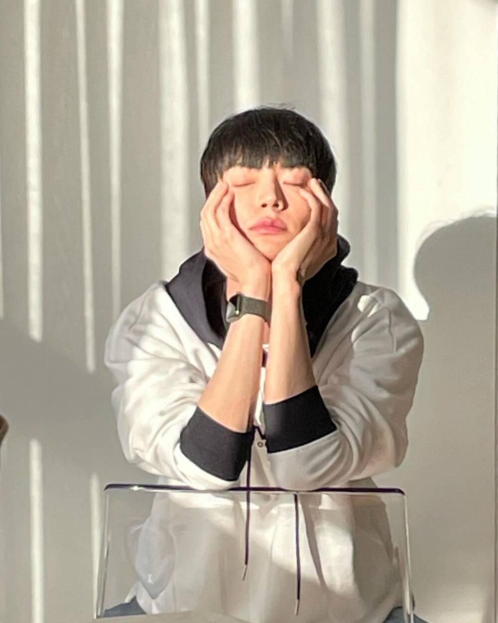 'Vợ chồng' Goo Hye Sun - Ahn Jae Hyun đọ sắc trên MXH: Trẻ đẹp hết phần thiên hạ! Ảnh 3