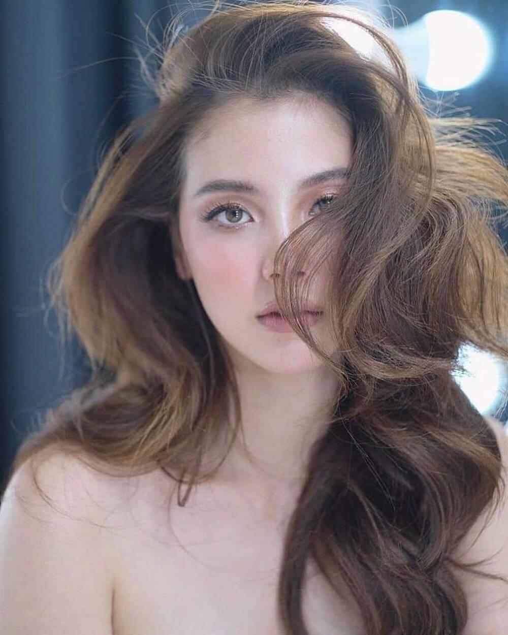 Mỹ nhân 'Chiếc Lá Bay' Baifern dậy sóng mạng xã hội vì makeup tone Tây đẹp ngất ngây Ảnh 2