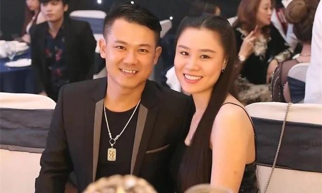 Vợ cố ca sĩ Vân Quang Long giải thích gì trước tin đồn đòi hỏi chuyện tiền nong? Ảnh 1