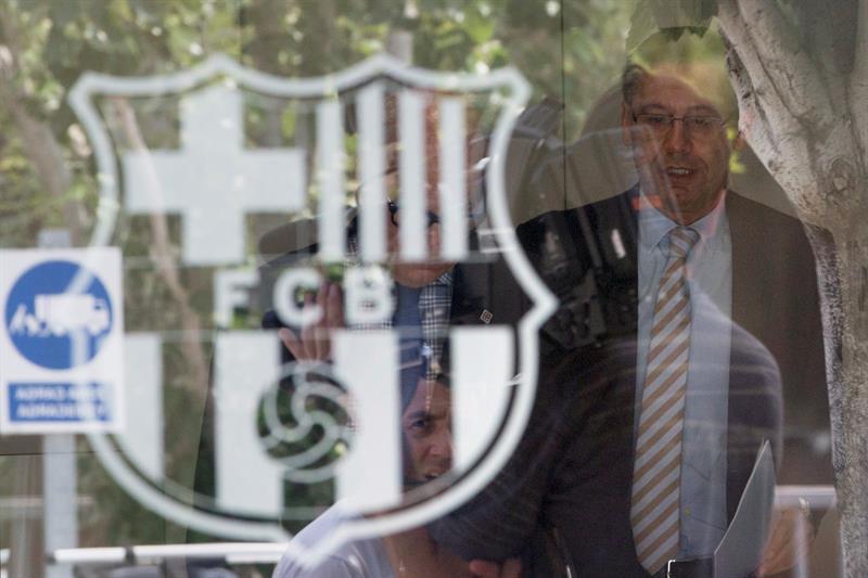 Cảnh sát điều tra Barca, ông Bartomeu bị bắt Ảnh 2