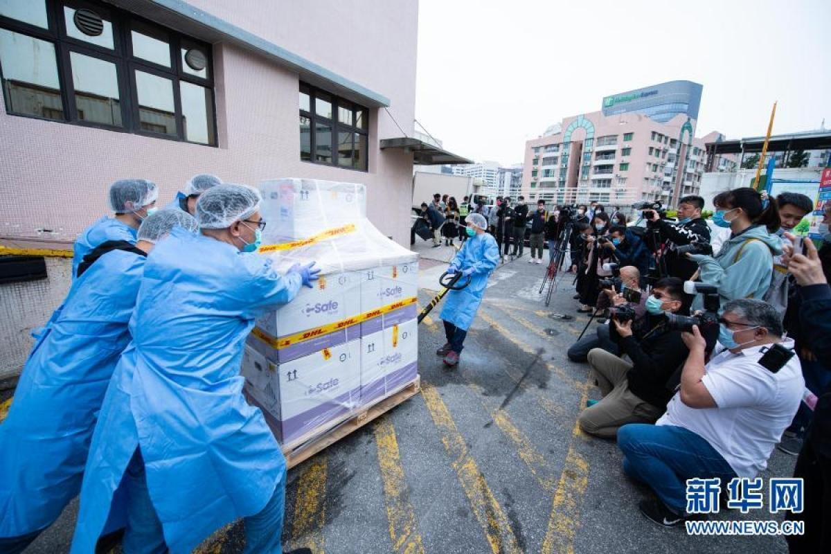 Khoảng 167.000 người đăng ký tiêm vaccine Covid-19 tại Hong Kong và Macao (Trung Quốc) Ảnh 1