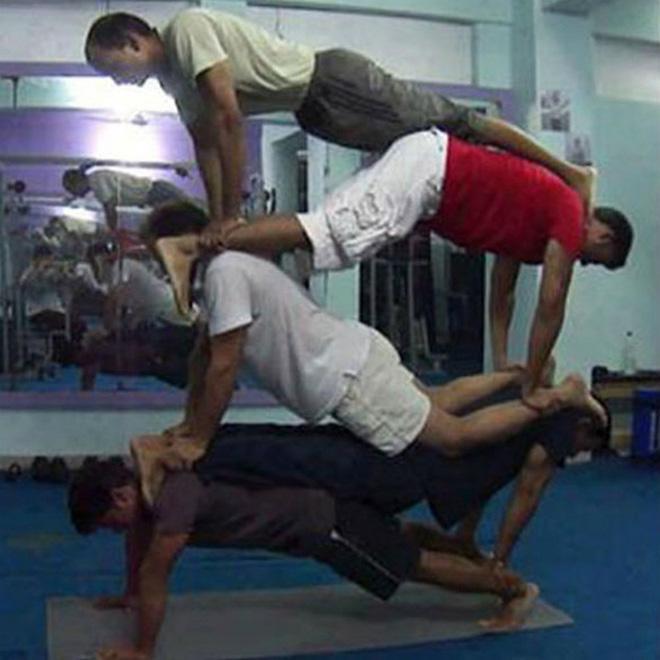 Khi phòng tập gym thành nơi tấu hài, xem xong chỉ muốn lao ngay đến phòng tập để hóng 'drama' Ảnh 22