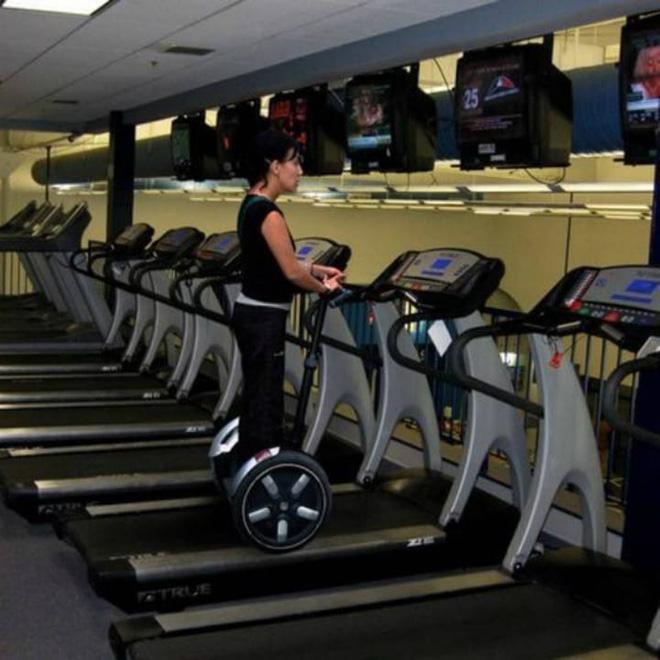 Khi phòng tập gym thành nơi tấu hài, xem xong chỉ muốn lao ngay đến phòng tập để hóng 'drama' Ảnh 4