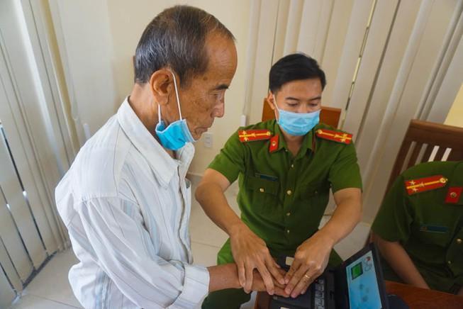 Đến 30-6, Đà Nẵng cấp CCCD cho 900.000 người dân Ảnh 1