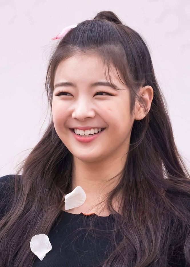Những cô gái có nụ cười tỏa nắng của K-Pop: Không thể thiếu một thành viên BLACKPINK Ảnh 5
