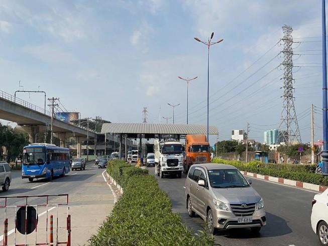 Giảm 50% giá vé BOT cho người dân dọc tuyến xa lộ Hà Nội Ảnh 1