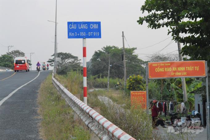 Cần Thơ: Những cây cầu đầy rác thải ở hai huyện nông thôn mới Ảnh 3