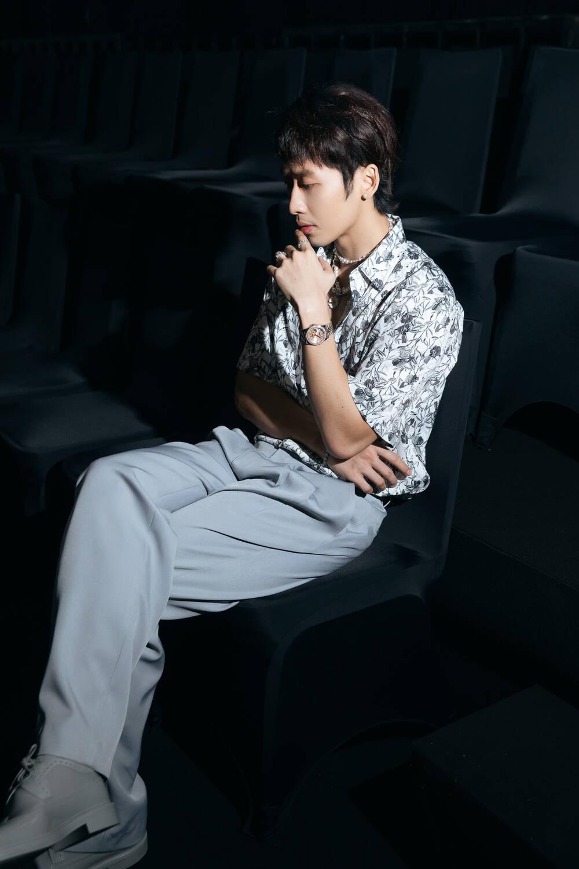 Vắng Trấn Thành, Hari Won ăn diện gợi cảm, được Tuấn Trần chăm sóc từng tí một Ảnh 6
