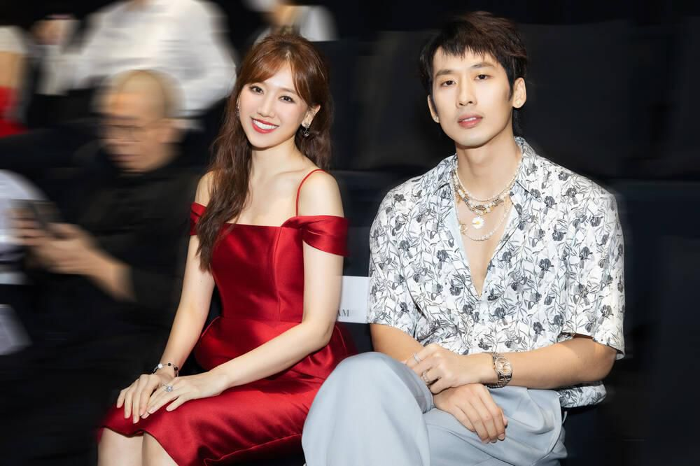 Vắng Trấn Thành, Hari Won ăn diện gợi cảm, được Tuấn Trần chăm sóc từng tí một Ảnh 10