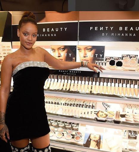 Rihanna tung hint sớm quay trở lại sân khấu trong thời gian tới Ảnh 2