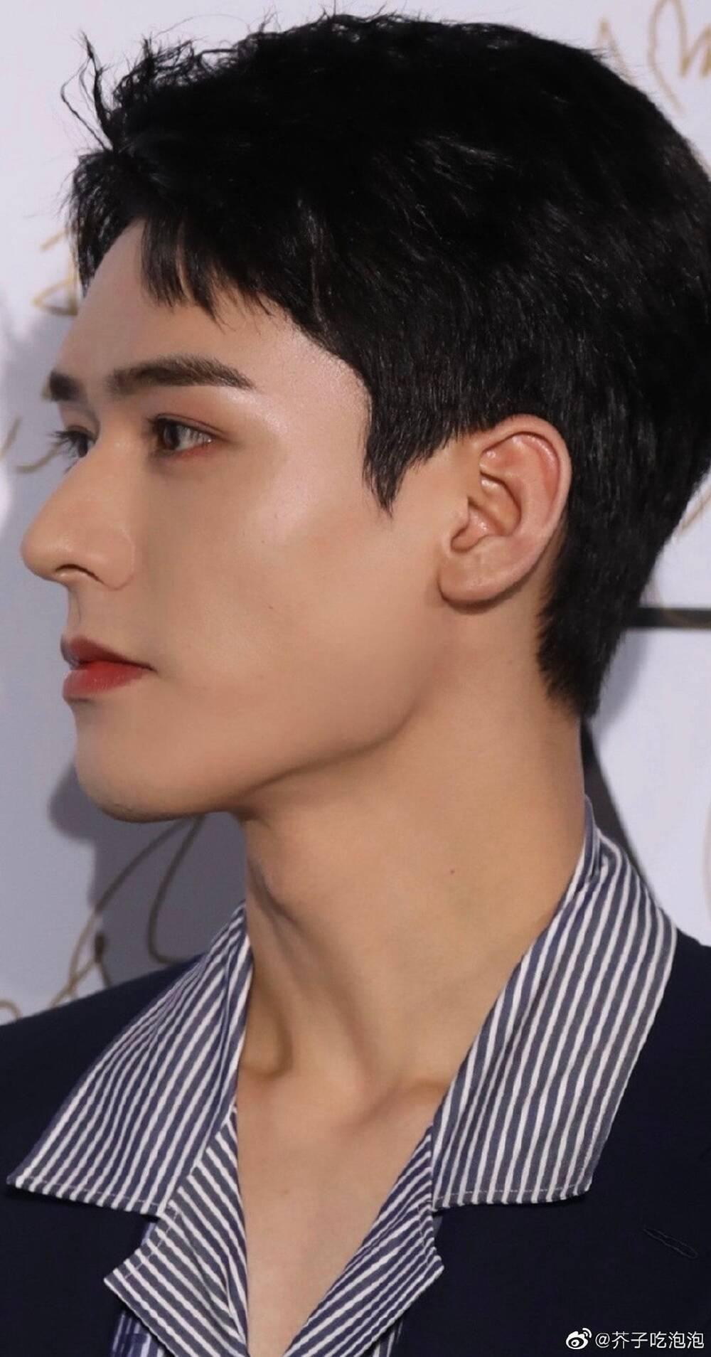 Bị dân tình chê bai vì lan da mất điểm, Cung Tuấn lấy lại phong độ khi đẹp trai ngời ngợi tại sự kiện Ảnh 8