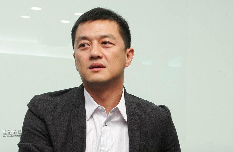 Cảnh nợ nần, lao đao của 2 tài tử Tạ Đình Phong, Lý Á Bằng Ảnh 1