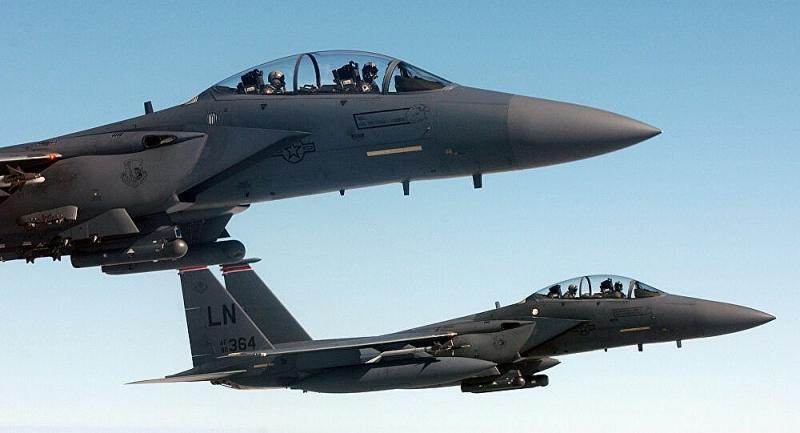 Tại sao tiêm kích mới của Mỹ sẽ gục ngã trước đòn tấn công tên lửa đối phương? Ảnh 1
