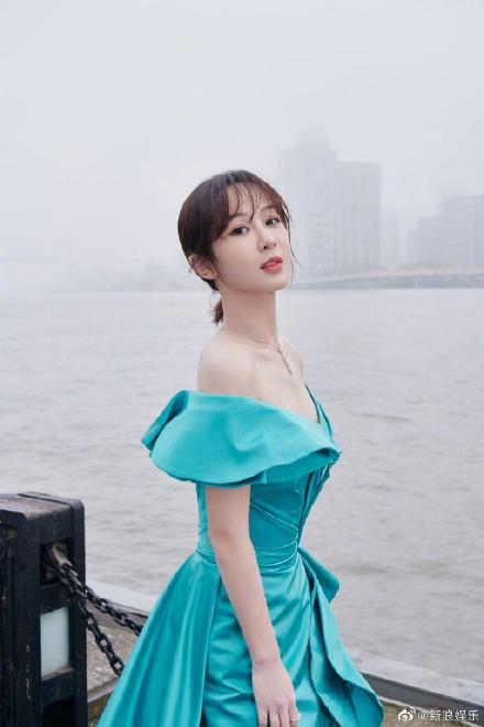 Mặc cấm cản của fan, Dương Tử vẫn 'chung đôi' với Thành Nghị Ảnh 2