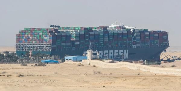 Burger King Chile bị tẩy chay dữ dội chỉ vì đăng ảnh chiếc bánh... mắc kẹt ở kênh đào Suez Ảnh 2