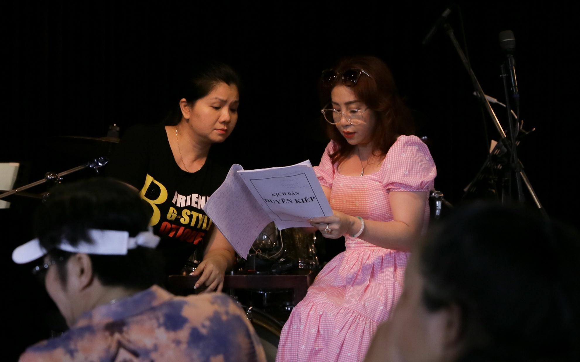 Thanh Hằng, Thoại Mỹ và dàn nghệ sĩ hội ngộ Ảnh 6