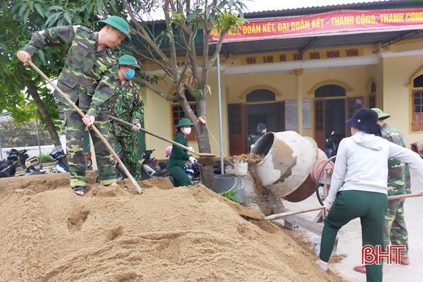 Ngày cuối tuần, Lộc Hà đồng loạt ra quân xây dựng nông thôn mới Ảnh 2
