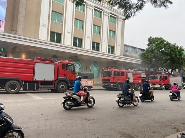 Hà Nội: Kịp thời dập tắt đám cháy tầng hầm Tràng Tiền Plaza Ảnh 1