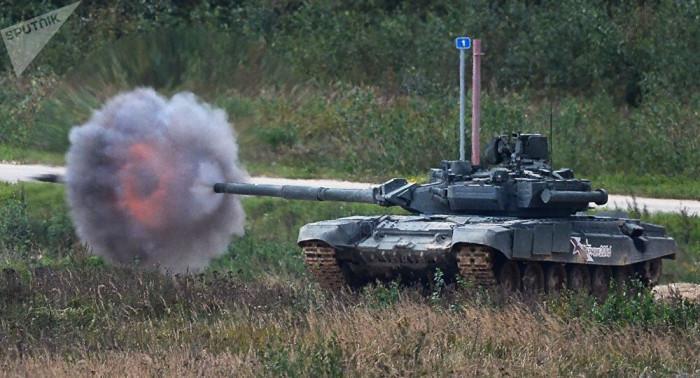 Nga dồn dập chuyển vũ khí hạng nặng tới Bán đảo Crimea Ảnh 1