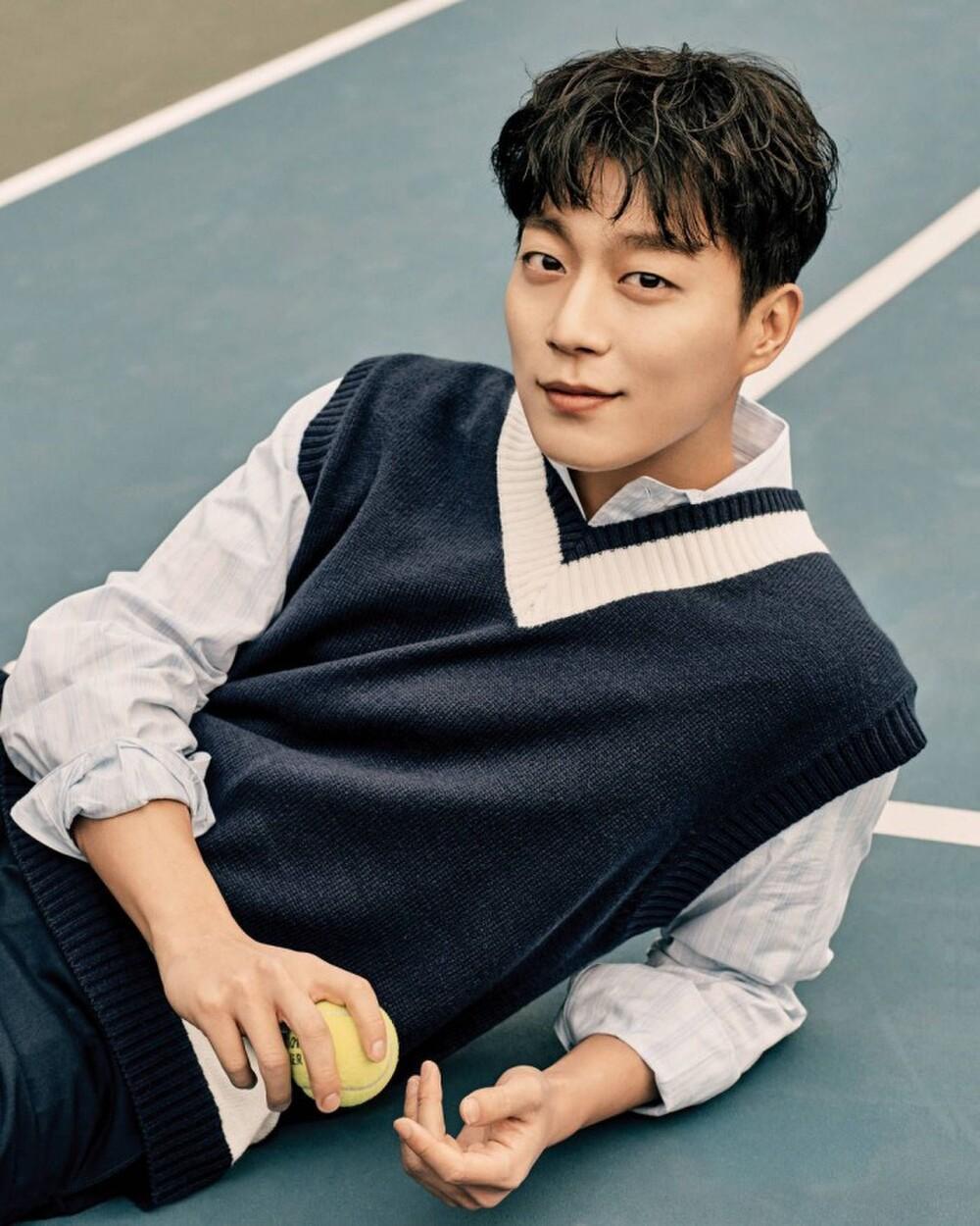 Yoon Doo Joon (Highlight) trở lại màn ảnh nhỏ sau 3 năm vắng bóng Ảnh 2