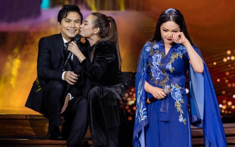 Phi Nhung: 'Tôi phải xin lỗi khán giả vì đang hát bị mất giọng' Ảnh 1