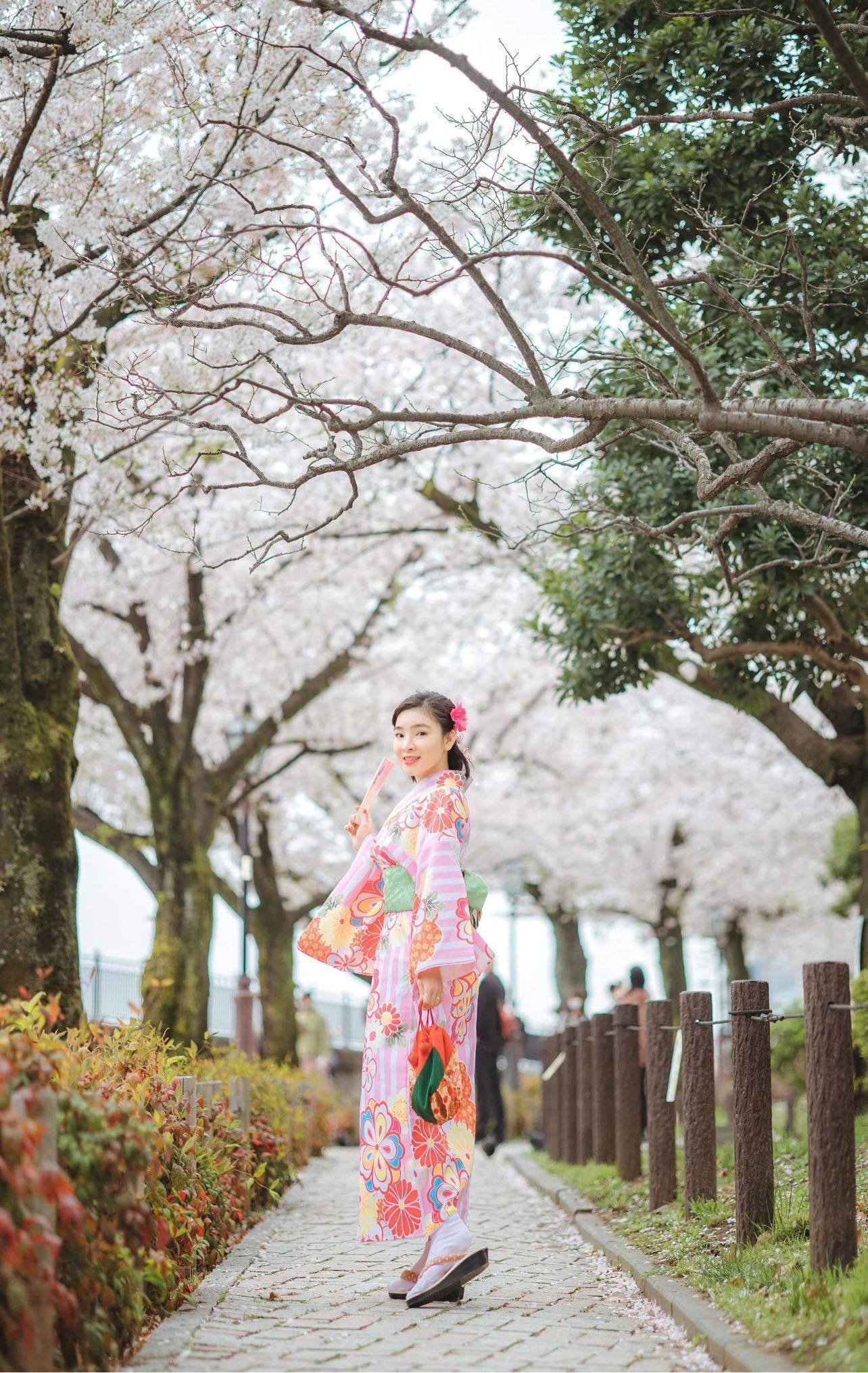 Ca sĩ Vân Nguyễn hóa thân thành cô gái Nhật Bản Ảnh 1