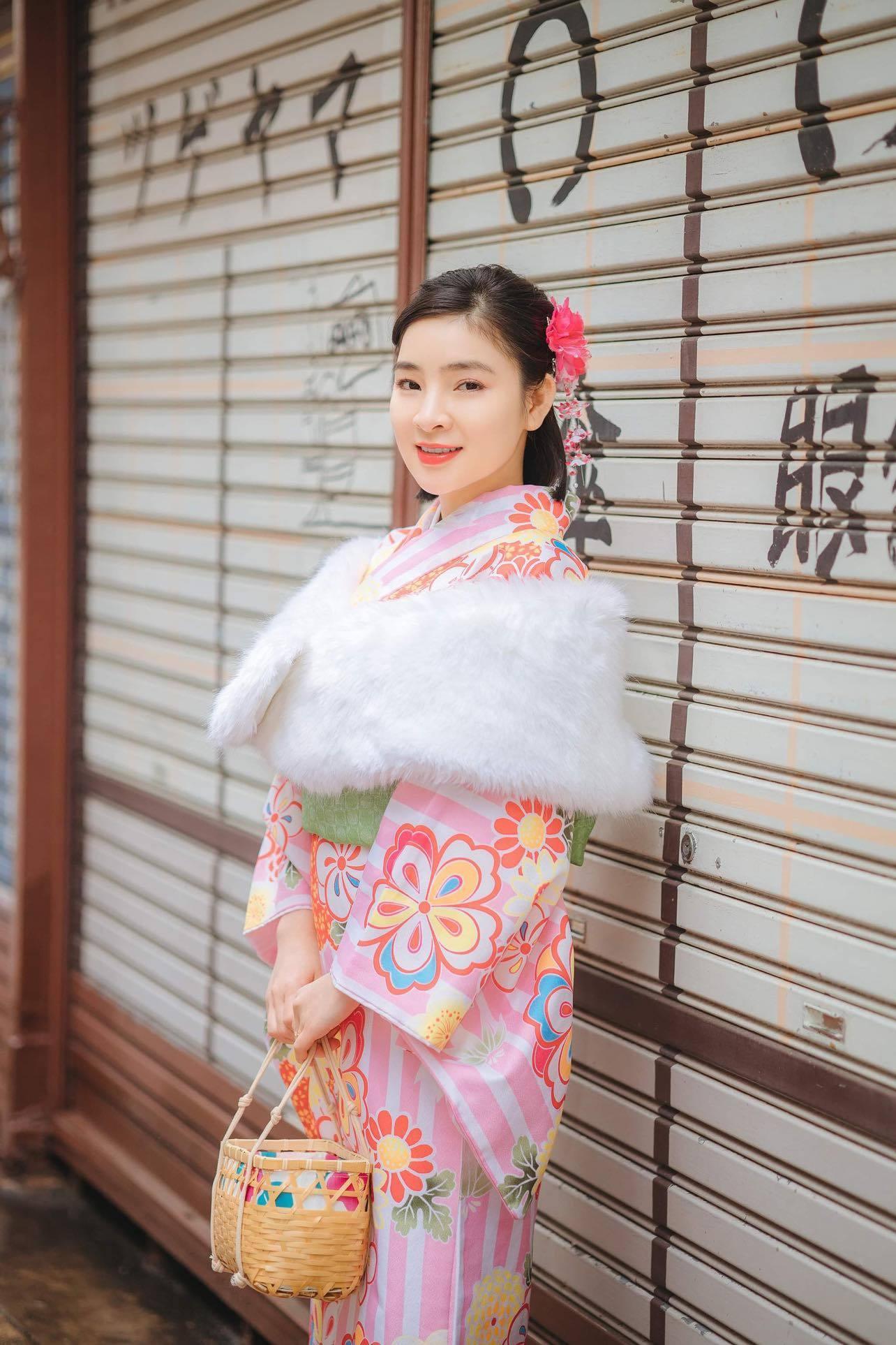 Ca sĩ Vân Nguyễn hóa thân thành cô gái Nhật Bản Ảnh 6