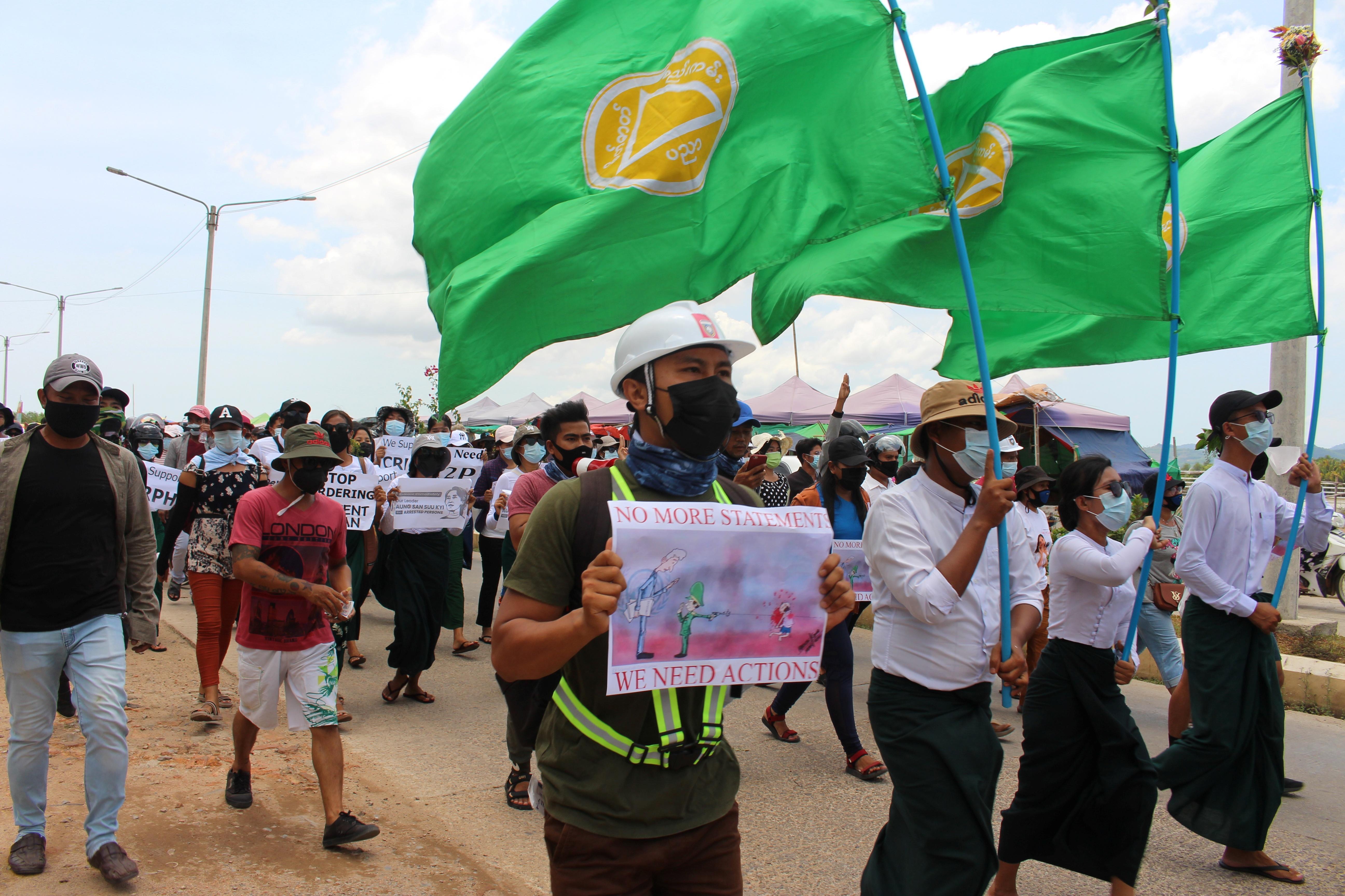 Nga cảnh báo các biện pháp trừng phạt có thể gây 'nội chiến' ở Myanmar Ảnh 1