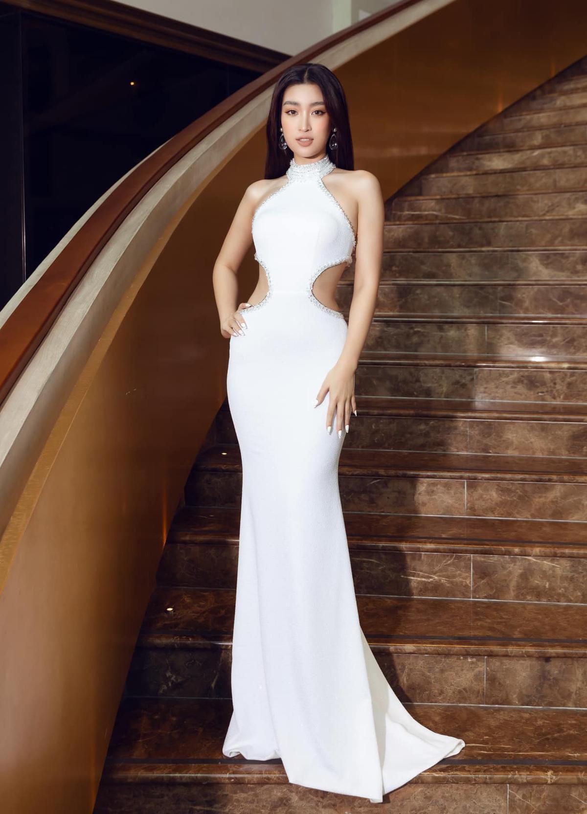 Xem mỹ nhân Việt mặc đẹp tuần qua Ảnh 5