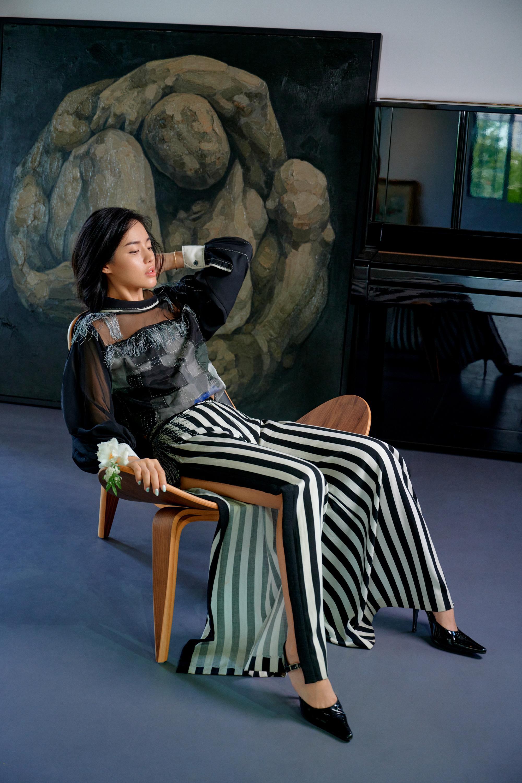 Khánh Linh hóa nàng xuân với trang phục tái chế của NTK Xuân Lê Ảnh 3