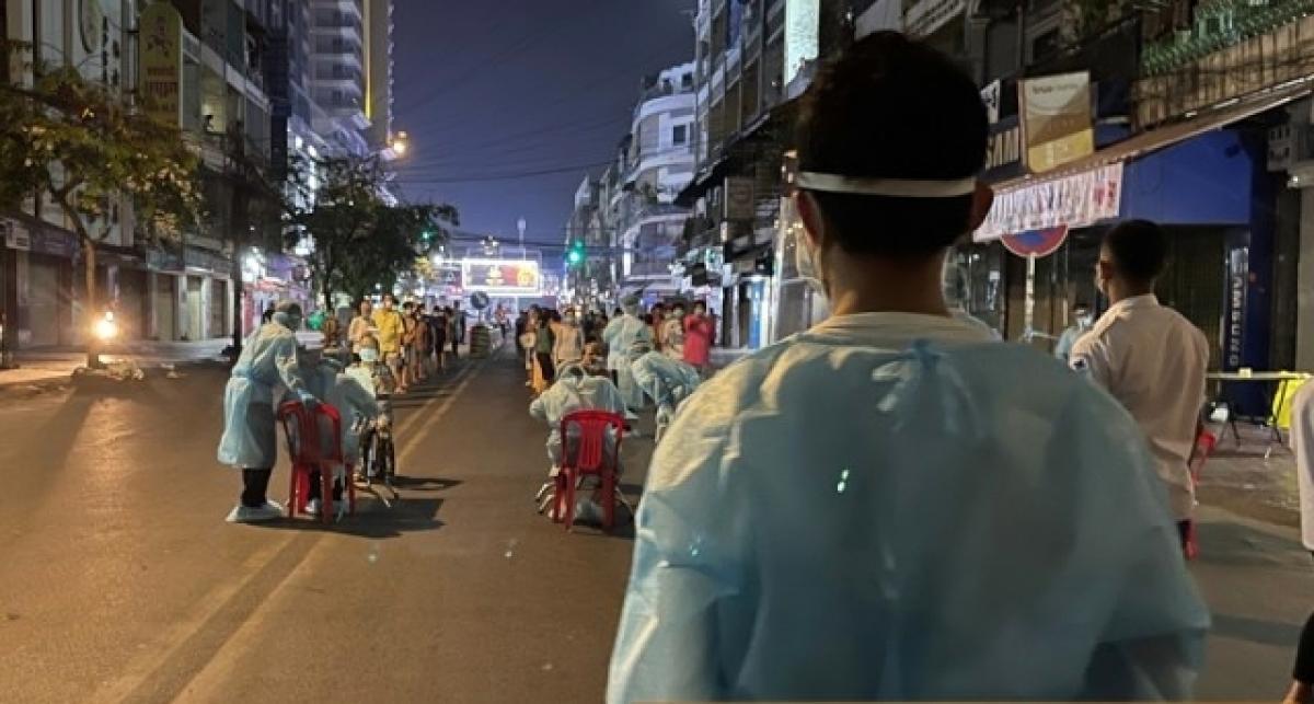 Campuchia ghi nhận số ca Covid-19 mới trong ngày gần gấp đôi tổng số ca năm 2020 Ảnh 1