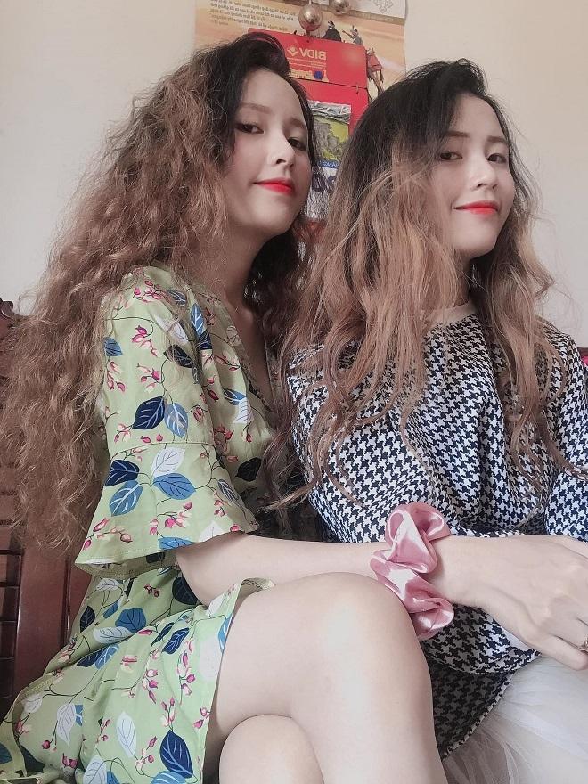Ngẩn ngơ nhan sắc cặp chị em sinh đôi dân tộc Cil vừa xinh vừa quá giống nhau Ảnh 5