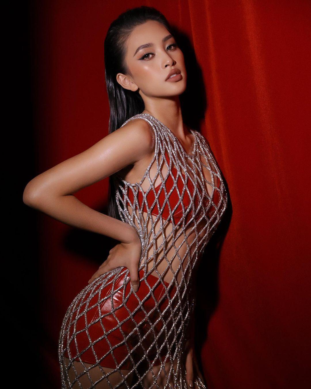 Hoa hậu Tiểu Vy phản hồi về việc mặc gợi cảm quá mức Ảnh 9