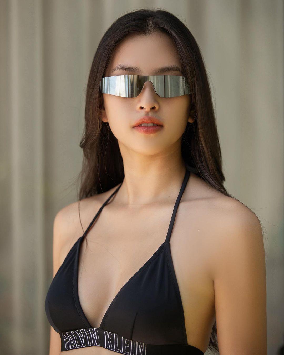 Hoa hậu Tiểu Vy phản hồi về việc mặc gợi cảm quá mức Ảnh 10