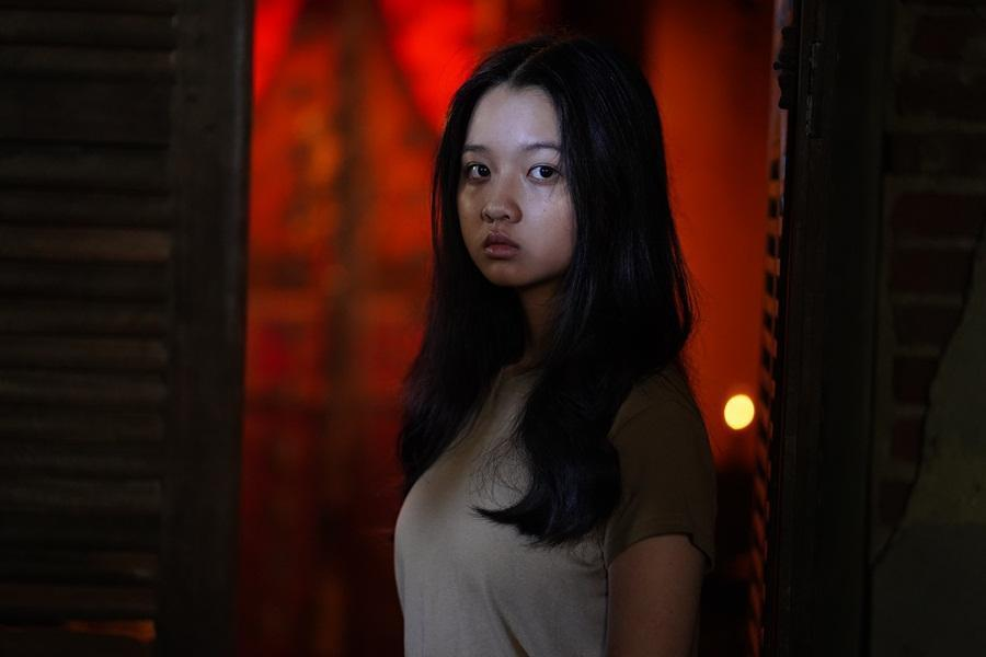 Sau Mai Cát Vi, đến lượt Lâm Thanh Mỹ trở thành nạn nhân trong phim kinh dị 'Bóng đè' Ảnh 3