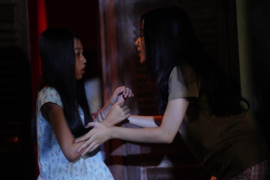 Sau Mai Cát Vi, đến lượt Lâm Thanh Mỹ trở thành nạn nhân trong phim kinh dị 'Bóng đè' Ảnh 4